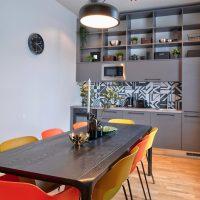 dandelion_4_bdrm_design_apartment_black-05