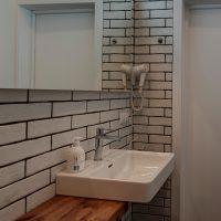 dandelion_4_bdrm_design_apartment_white-17
